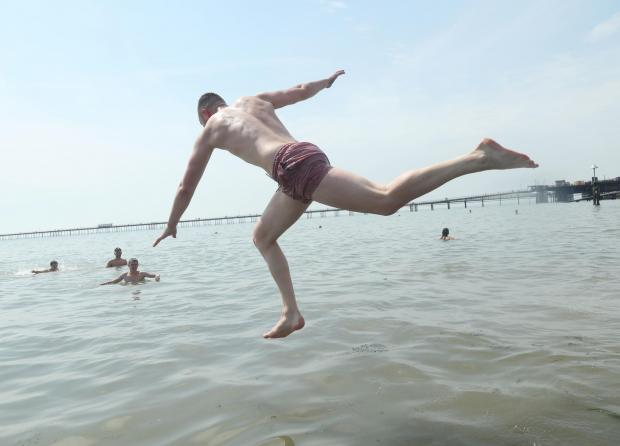 Clacton and Frinton Gazette: Taking a dive to cool off