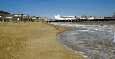 Clacton and Frinton Gazette: Water cleanliness success for Tendring beaches