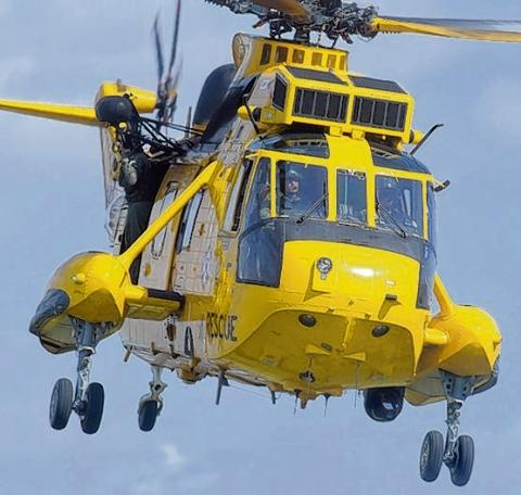 Clacton and Frinton Gazette: Couple winched to safety in cliff rescue