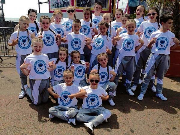 Smooth Grooves dancers in Clacton
