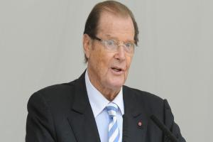 Actor pays tribute to friend and 'one of our greats', Sir Roger Moore