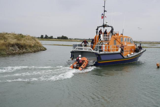 Safety concerns halt lifeboat launches from pier