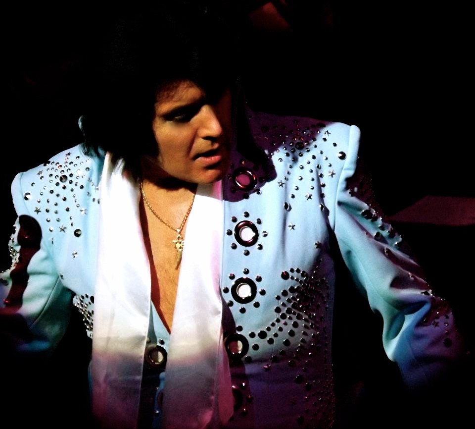ALL SHOOK UP: Rob Kingsley is Presley in A Vision of Elvis
